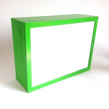 Günstiger Leuchtkasten mit LED Technik und lackierten Seiten